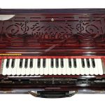 FOLDING-SCALE-CHANGE-BEST-4-REEDS-DUTTA-AND-CO-TOP-Indian-Musical-Instrument-Harmonium-manufacturers-Harmonium-suppliers-and-Harmonium-exporters-in-india-mumbai-Harmonium-manufacturing-company-India